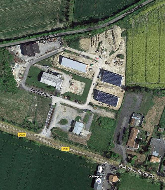 Local d\'activité - 3 lots de 650 m² chacun - Bernay Saint Martin