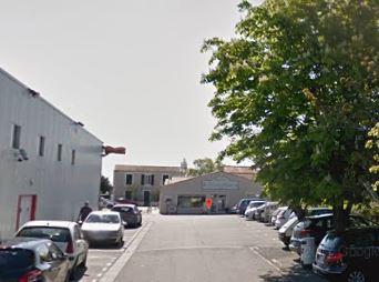 Local commercial La Jarrie 162.50 m2