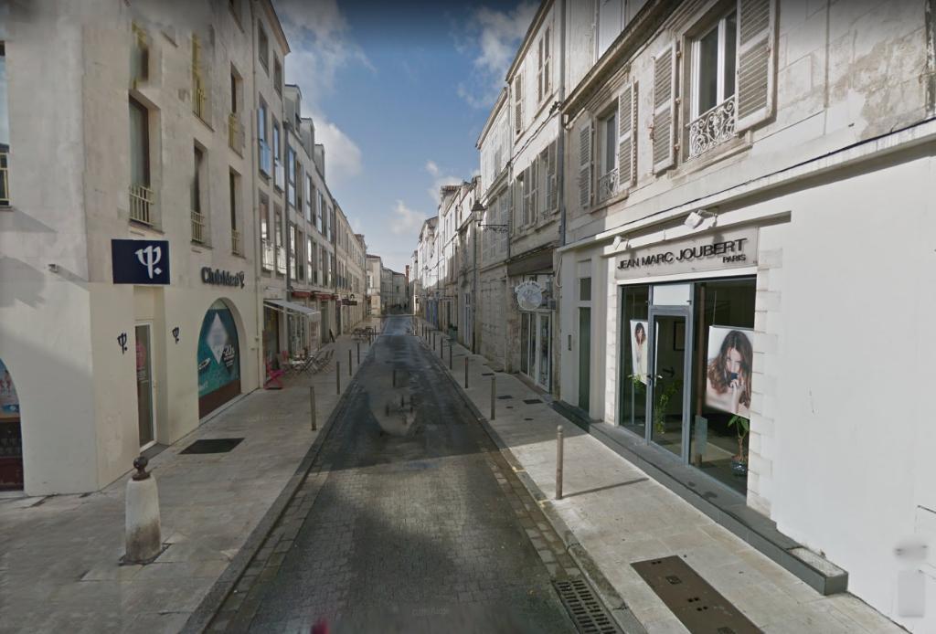 Fonds de commerce centre-ville La Rochelle 30 m²