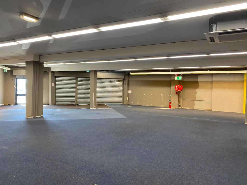Local commercial - Puilboreau -1000 m²