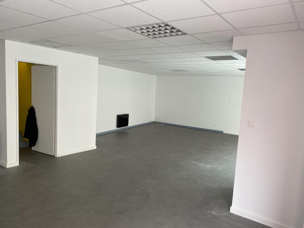 A vendre immeuble mixte loué 266 m2