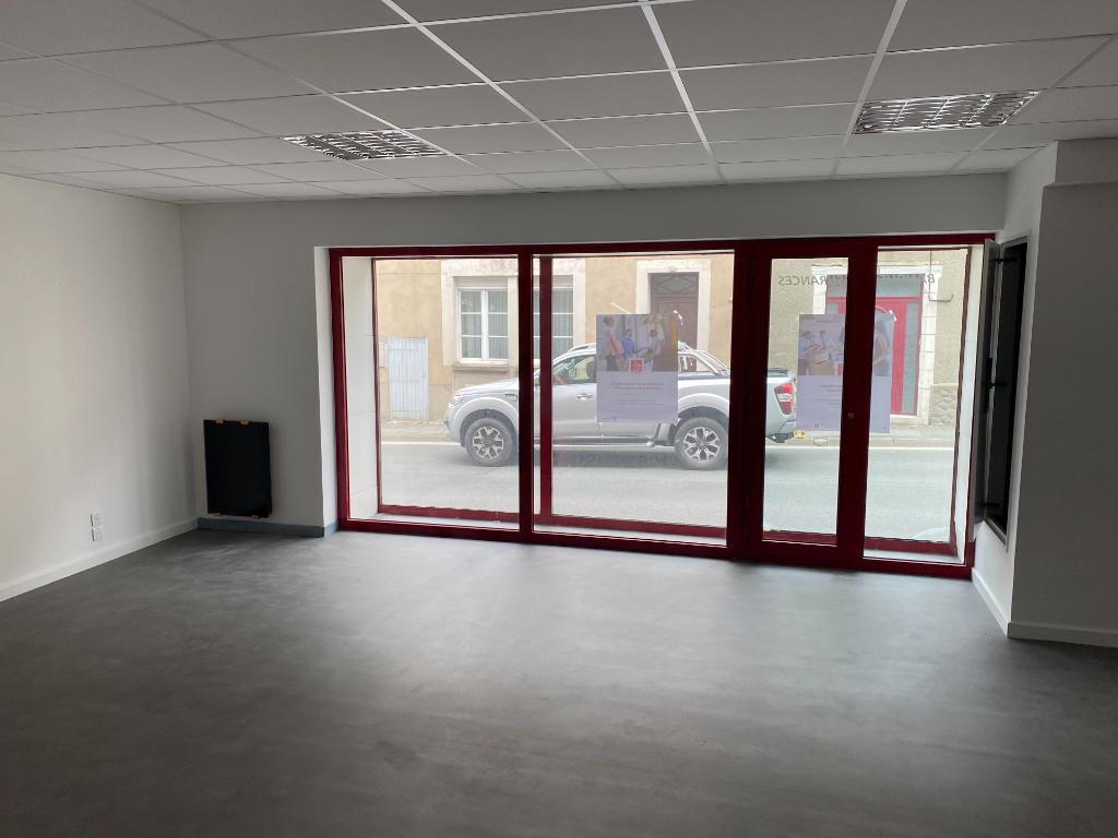 A Louer Local commercial Marans 110 m2