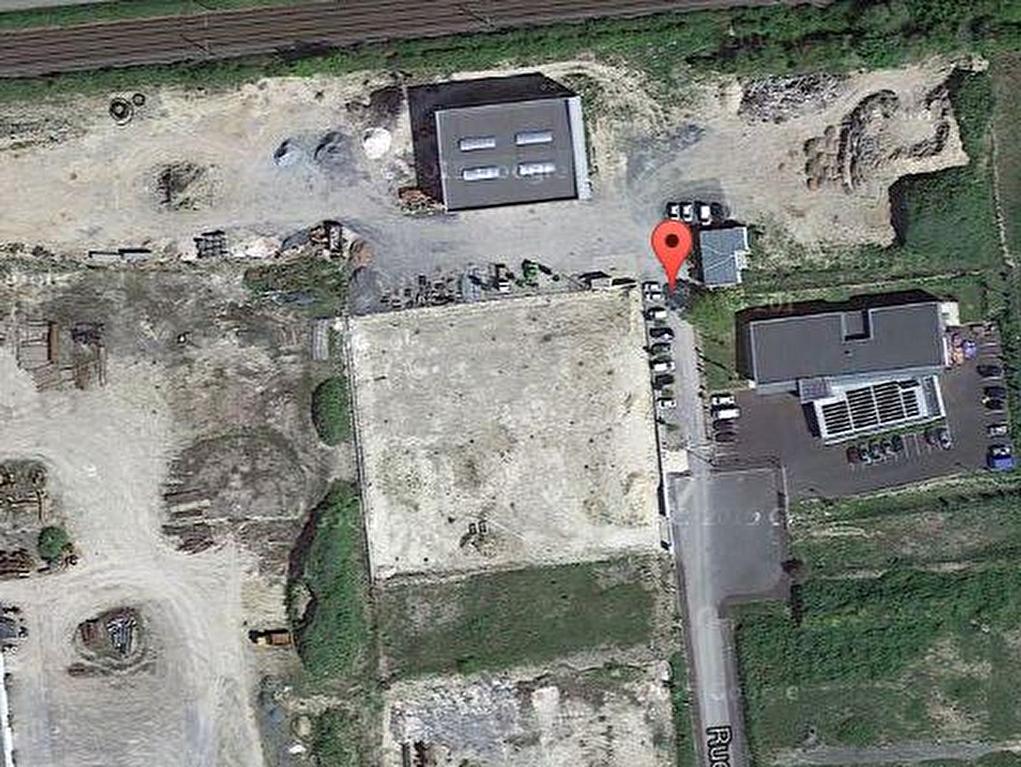 Local d\'activité - Surgères - 700 m² sur parcelle de 1ha 14a 25 ca
